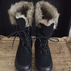 Merona Shoes - Boots with faux fur
